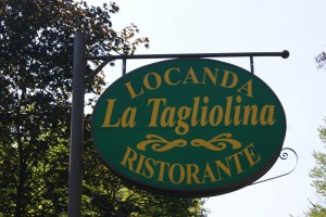 La-Tagliolina-Monteveglio-Insegna